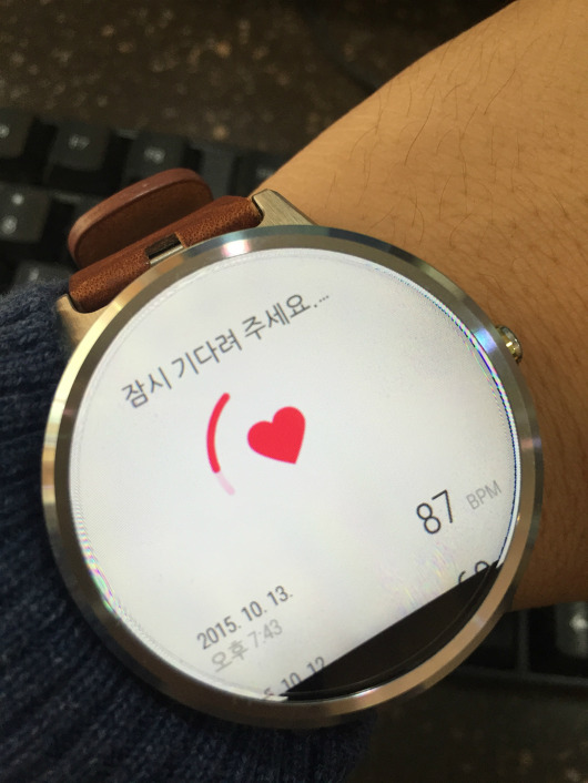 [ Google Fit에서는 심장 박동 확인이 가능합니다. ]